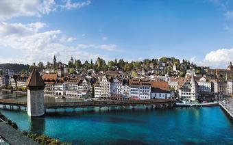 Lucerna. Słynny most na rzece Reuss